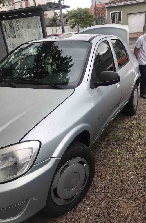 LOTE 40852